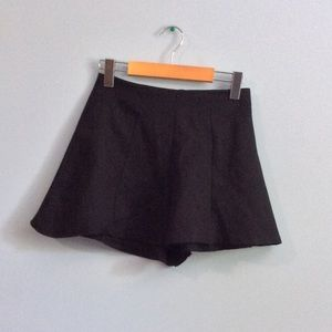 Vintage Black Flowy Shorts